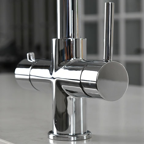 Instant boiling taps